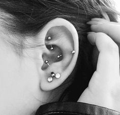 Multiple Ear Piercings: 30 Combinations to Copy | bars + diamond studs | StyleCaster