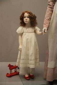 Napoleon & the Empire of Fashion Exhibit. Girl'dress. CBML - CBM1 84