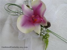 Prom / Homecoming / Wedding Silk Orchid Wrist Corsage on Fitz Design Bracelet via Etsy Prom Corsage And Boutonniere, Rustic Boutonniere, Corsage Wedding, Wrist Corsage, Boutonnieres, Wedding Bridesmaids, Wedding Flower Design, Floral Wedding, Fall Wedding