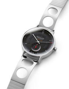 Nomos Glashütte - Autobahn neomatik 41 Director's Cut | Time and Watches | The watch blog Beats Headphones, Over Ear Headphones, Watch Blog, Sport Watches, Smart Watch, Sporty, Smartwatch