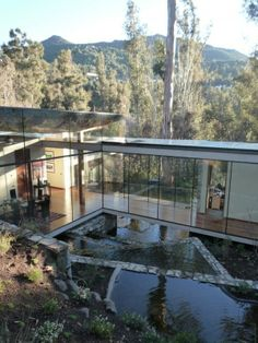 Modern Chilean Residence Taking In the Spectacle of Nature