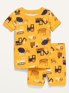 Set includes printed or graphic sleep tee and coordinating sleep shorts.   Rib-knit crew neck.     Short sleeves.  Sleep shorts have elasticized waist and rib-knit cuffs.   Soft-washed, fine-gauge rib-knit cotton.  Tag-free label inside neck and back Baby Boy Pajamas, Carters Baby Boys, Pyjamas, Little Girl Outfits, Baby Boy Outfits, Baby Yellow, Kids Patterns, Shop Old Navy, Stylish Kids