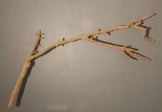 """A l'identique"" (branche de sciure) teya : Clélia Portal #art #cleliaportal #teya #sculpture #matiere #survivance #nature #contemporain #installation #marseille #cercle #jeune #france #sud #papier #pjt #mecene #exposition #femme #artiste#carton #bois #www.teya.fr"