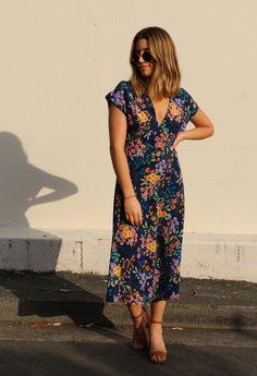 Lois Dress Pattern - Tessuti Fabrics