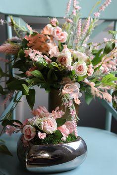 Silk Flowers, Table Decorations, Handmade, Furniture, Home Decor, Hand Made, Decoration Home, Room Decor, Home Furnishings