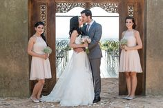 Super Romantic Smooch! | Dusty Pink & Violet Wedding at the Red Ivory Lodge by Lightburst Photography - As seen on ConfettiDaydreams.com