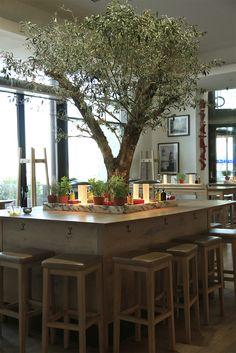 Vapiano / France / design / restaurant / pasta / pizza / bar / olivier / table / décor / sea / outside / sun / relax / cosy / lounge / italy / mediterranean