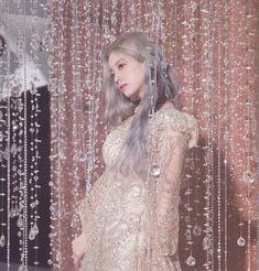 (19) Media Tweets by dahyun pics (@dahyunniepics) / Twitter Nayeon, It Icons, Twice Dahyun, Twice Kpop, Feeling Special, Korean Beauty, Korean Singer, Korean Girl Groups, Mini Albums