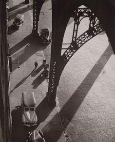 André Kertész West 134th Street, New York, 1944 Andre Kertesz #photography