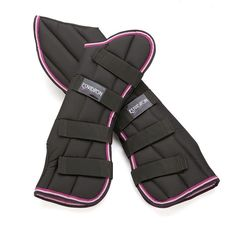 i love the pink on these shipping boots!! it adds a pop of color to the regular classic black!