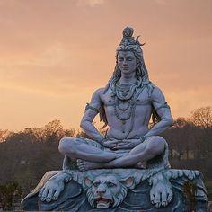 Shiva - The Destroyer Lord Shiva Statue, Lord Shiva Pics, Lord Shiva Hd Images, Shiva Tattoo, Mahakal Shiva, Shiva Art, Shiva Meditation, Rudra Shiva, Shiva Shankar