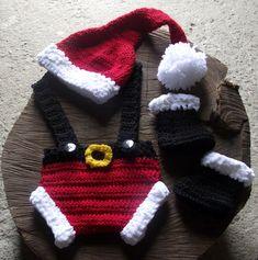 conjunto confeccionado em croche em fio antialérgico  cor - vermelho, preto e branco  tamanhos - RN/ 1 a 3 / 3 a 6 meses R$ 79,90