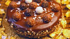 طريقة عمل كيكة الفيريرو روشيه - Ferrero rocher cake recipe
