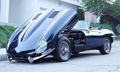 Jaguar E-Type. Sexy <3