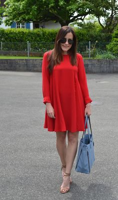 red dress, light blue bag, fashionblogger, spring outfit