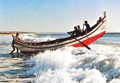 Mar de Caparica: Vira do Mar Portugal, Iberian Peninsula, Buddha Meditation, Azores, Atlantic Ocean, Archipelago, Figure Drawing, Portuguese, Salvador