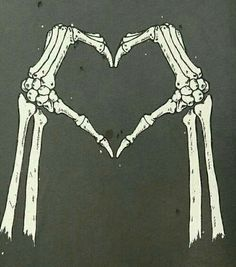 Image de love, skeleton, and bones Skeleton Love, Skeleton Art, Skeleton Hands, Wallpaper Caveira, Inspiration Art, Skull And Bones, Skull Art, Dark Art, Cool Art