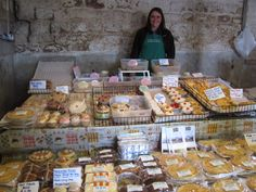 Selling Local Produce at a Farmers Market http://homefarmer.co.uk/category/selling-and-marketing-your-produce/