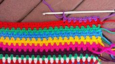 moss stitch, mos steek, laptop hoesje, tablet hoesje,laptop cover, placemat, haaksteken, crochet stitches, ravelry, pinterest, haakpatroon, gratis haakpatronen, kleurige draadjes, gekleurd haakwerk, haakwerk, kleuren,SAS/ tas, AH tas, HaakMaarAan