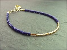 Vergoldete Armbänder - Armband aus Lapiz Lazuli mit Goldblatt - ein Designerstück von ilkajewels bei DaWanda
