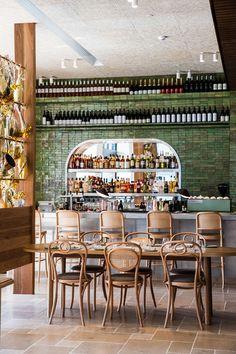 Trendy home luxury bar restaurant design Ideas Australian Interior Design, Modern Interior Design, Burger Bar, Australian Restaurant, Design Bar Restaurant, Architecture Restaurant, Architecture Art, Luxury Bar, Outdoor Dining Furniture