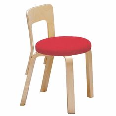 Perfect for little ones to pull up a seat to play and learn. Alvar Aalto N65 - Children's Chair