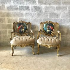 French Chair Louis XVI Furniture Tufted Velvet Gold Velvet French Tufted Settee Refinish Gold Leaf New Padding tufted Fabric Interior Design Dream Furniture, French Furniture, Rustic Furniture, Painted Furniture, Furniture Ideas, Bergere Chair, Sofa Chair, Victorian Sofa, Stylish Chairs