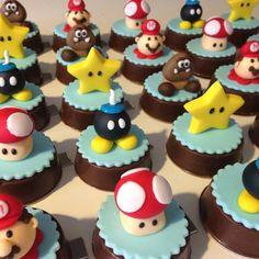 Super Mario Bros, Super Mario Birthday, Mario Birthday Party, Super Mario Party, Bolo Do Mario, Bolo Super Mario, Luigi Cake, Mario Bros Cake, Cupcakes Carros
