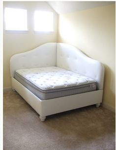 If you don't have a lot of space but hate the idea of your guest bed being in corner this is an awesome alternative!