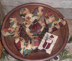 5 Primitive Santa Belsnickle Christmas Hearts Ornies Ornaments  Bowl Fillers…