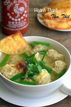 HOÀNH THÁNH TÔM, THỊT | TASTE AT HOME COOKING Noodles, Soup, Cooking, Ethnic Recipes, Youtube, Macaroni, Kitchen, Soups, Noodle