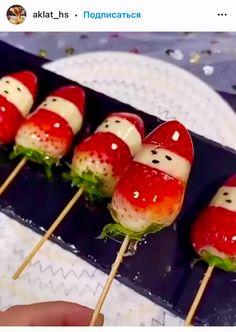 Amazing Food Decoration, Amazing Food Art, Food Decorations, Easy Food Art, Diy Food, Creative Food Art, Food Carving, Good Food, Yummy Food