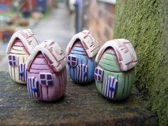 Tiny Beach Hut Beads by PIPS JEWELRY | Polymer Clay Planet