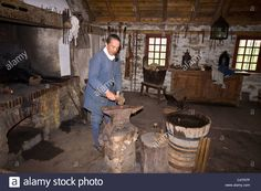Period Actor Demonstrates Blacksmith Skills At Fortress Of Louisbourg Stock Photo, Royalty Free Image: 37424458 - Alamy