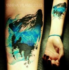 Terrific wolf watercolor tattoo on thigh leg for woman - arm tattoo | DIY Watercolor Tattoo