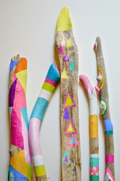 Painted Driftwood Sticks 5 Piece Collection by bonjourfrenchie Painted Driftwood, Driftwood Art, Driftwood Ideas, Glass Display Box, Painted Sticks, Nature Crafts, Art Plastique, Wood Colors, Decoration