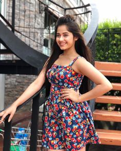Jannat is very very hot and beautiful ❤😍😍 Stylish Girls Photos, Stylish Girl Pic, Girl Photos, Indian Teen, Indian Girls, Western Dresses For Women, Love Fashion, Fashion Outfits, Teen Celebrities