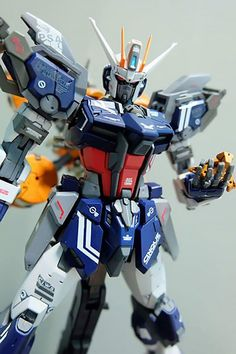 GUNDAM GUY: MG 1/100 Variant Strike Gundam - Customized Build