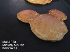 Makin' it: How to Make Mickey Mouse Pancakes - Rookie Moms Disney Inspired Food, Disney Food, Disney Ideas, Disney Stuff, Mickey Mouse Pancakes, Mickey House, Good Food, Yummy Food, Tasty