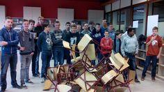 de leerlingenraad van PTI Zottegem speelt al eens graag stoelenmikado.
