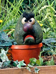 Who remembers Stinky the stink plant from Sesame Street?