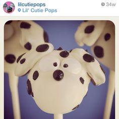 I can't get over how cute these Dalmatian cake pops are!