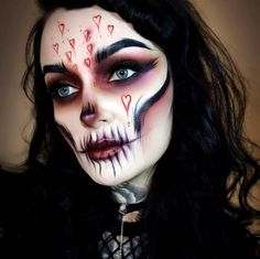 60 Cool Halloween Makeup Ideas 2019 - Page 2 of 12 - Soflyme Amazing Halloween Makeup, Halloween Make Up, Halloween Face Makeup, Halloween Eve, Halloween Costumes, Halloween Inspo, Stacked Haircuts, Haircut Pictures, Scary Makeup