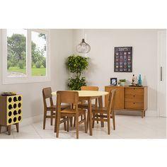 A sala de jantar é um lugar ideal para reunir familiares e amigos para as refeições, por isso é importante que ela seja um ambiente aconchegante e confortável.