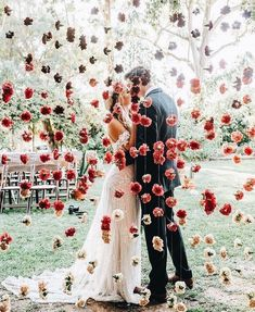 """3,574 Likes, 53 Comments - Mumu Weddings (@mumuweddings) on Instagram: """"Now pinning to our *Wedding Inspo* album on #pinterest. ✨ Pin along with the link in our bio. …"""""""