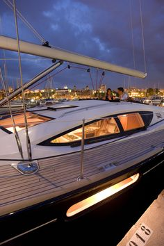 Sun Odyssey 50 DS │ Sun Odyssey DS of │ Boat Barche a vela Jeanneau barche 158 Boating Holidays, Sailing Holidays, Yacht Design, Boat Design, Speed Boats, Power Boats, Yacht Boat, Tall Ships, Boat Building