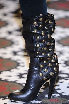 Although I hate name brands, I'd probs buy these Gucci boots..