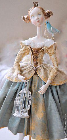Купить или заказать Авторская кукла  Мечты о Синей птице в интернет-магазине на Ярмарке Мастеров. Очень романтичная принцесса, вся в мечтах!