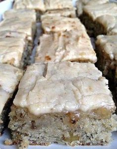 Infamous Banana Bread Bars with Brown Butter Frosting Infamous Ban. - Infamous Banana Bread Bars with Brown Butter Frosting Infamous Banana Bread Bars with - Banana Bread Brownies, Banana Bread Recipes, Brownie Recipes, Banana Bars, Banana Bread Cookies, Banana Dessert Recipes, Banana Bread Recipe With Pudding, Icing For Banana Bread, Sweet Banana Bread Recipe