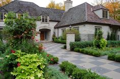 Love the house! but not too fond of the driveway :)